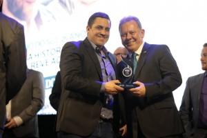 SulGesso recebe prêmio Amigo da Educação
