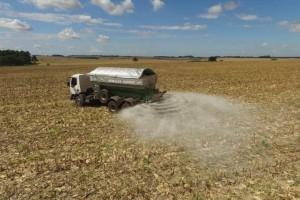 Sulfato de cálcio granulado impulsiona produção na região Noroeste do RS