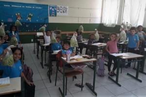 Projeto Imbé distribui alfaces orgânicas para alunos da rede pública de Imbituba