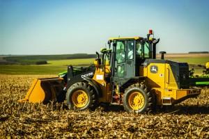EXPOINTER: Com portfólio de máquinas de construção e pavimentação, Grupo Verdes Vales representará a John Deere na edição 2021