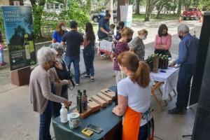Feira do Azeite especial de Dia dos Pais acontece neste sábado em Porto Alegre